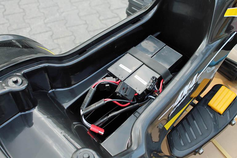 4x4 allrad quad atv kinder elektroauto kinderauto. Black Bedroom Furniture Sets. Home Design Ideas