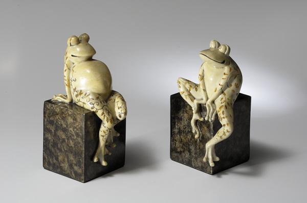 buchst tzen frosch froschpaar bzw gartenfigur gartenteich. Black Bedroom Furniture Sets. Home Design Ideas